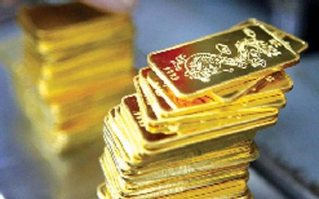 Dù biên độ tăng đã thu hẹp nhưng giá vàng vẫn tiếp tục tiến lên những mốc cao mới