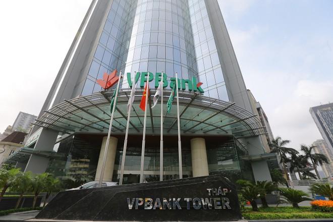 Số tiền mặt mà VPBank đóng góp cho xã hội để chống dịch đã lên tới 25 tỷ đồng