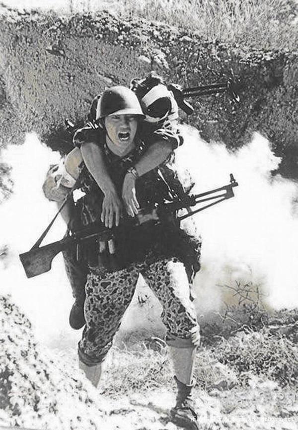 Một lính Trung Quốc thương vong