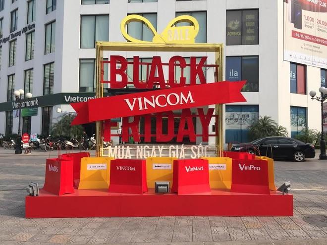 Đến Vincom trong Ngày Black Friday nhận số 6 vàng may mắn