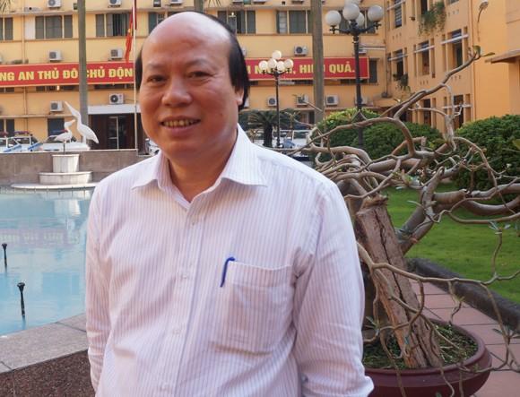 PGS-TS Nghiêm Hữu Thành, Giám đốc bệnh viện châm cứu Trung ương.