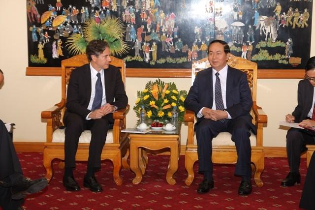 Đại tướng Trần Đại Quang, Bộ trưởng Bộ Công an (bên phải) tiếp ngài Thứ trưởng thứ nhất Bộ Ngoại giao Hoa Kỳ Antony Blinken