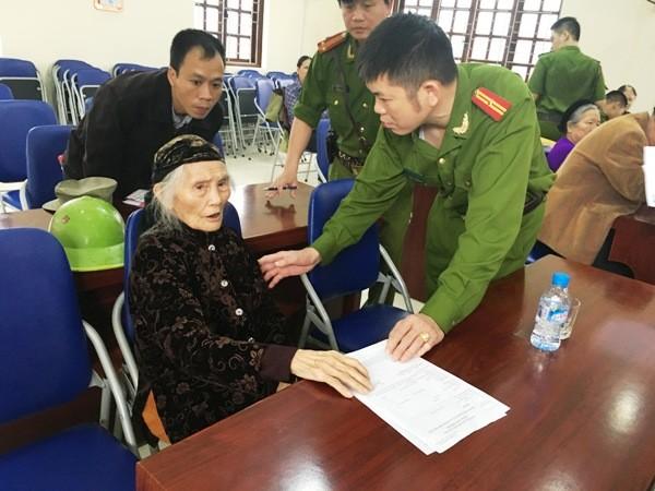 Niềm vui của nhân dân là động lực làm việc cho cán bộ chiến sỹ CAQ Hoàng Mai ảnh 8