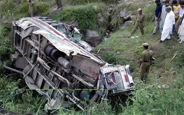 Hiện trường một vụ tai nạn tại Ấn Độ