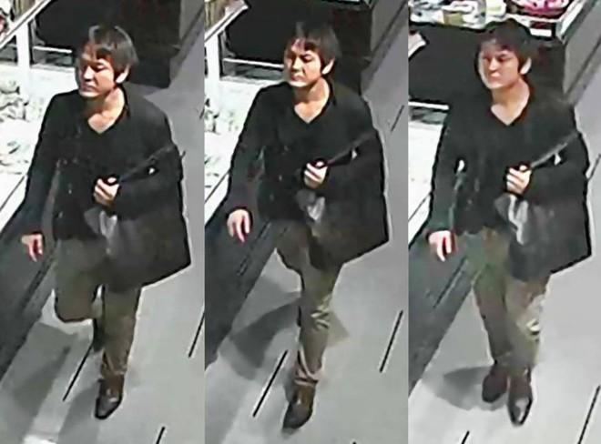 Ảnh nghi phạm bị camera an ninh ghi lại