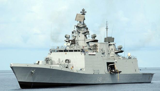 Tàu khu trục tàng hình INS Satpura của Hải quân Ấn Độ