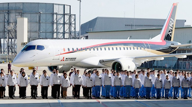 Máy bay Mitsubishi Regional Jet của Nhật Bản