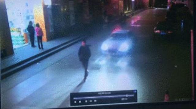 Nạn nhân họ Wei trước khi bị xe Audi đâm phải