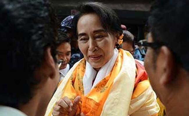 Bà Aung San Suu Kyi, Chủ tịch đảng Liên minh quốc gia vì dân chủ của Myanmar