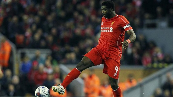 Kolo Toure đang chơi cho CLB Liverpool