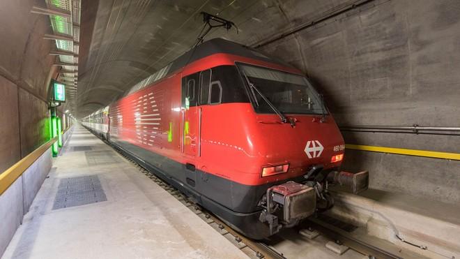 Đường hầm nối thành phố Erstfeld với Bodio của Thụy Sĩ