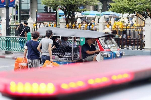 Du lịch Thái Lan thiệt hại nặng sau loạt vụ nổ bom ảnh 1