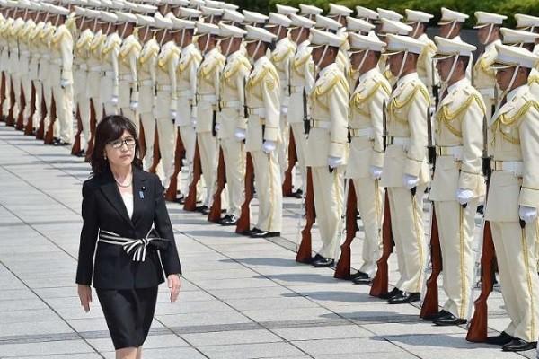 Bà Inada trở thành Bộ trưởng Quốc phòng Nhật Bản hồi tháng 8-2016