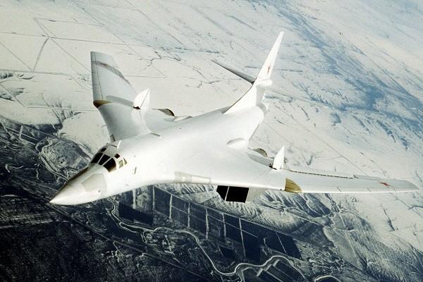 Máy bay ném bom Tupolev Tu-160 của Không quân Nga