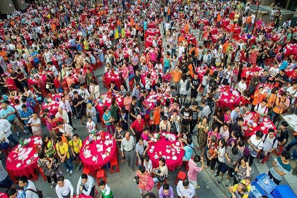 15.000 khách mời tham dự đại tiệc ở Quảng Châu