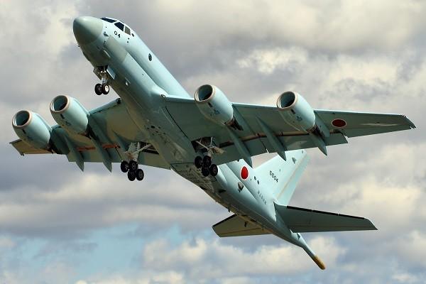 Máy bay tuần tra P-1 của Nhật Bản