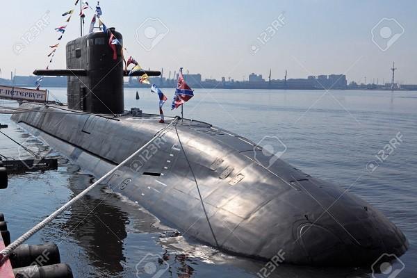 Tàu ngầm Saint Petersburg của Nga