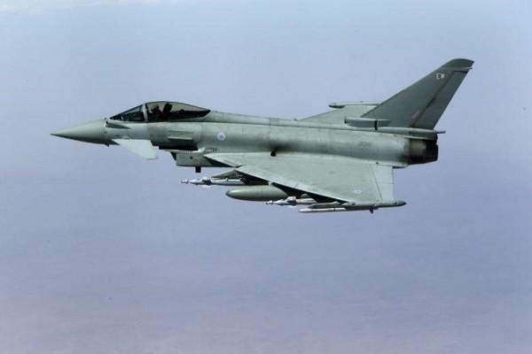 Máy bay Typhoon của Không quân Hoàng gia Anh