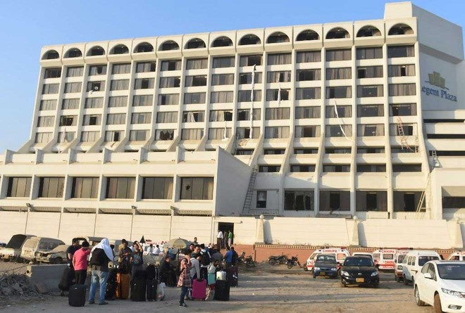 Khách sạn Regent Plaza