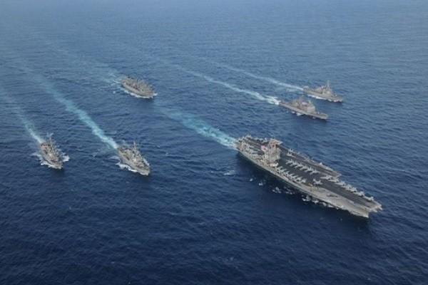 Nhóm tác chiến tàu sân bay USS Carl Vinson của Hải quân Mỹ