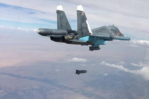 Máy bay Su-34 Nga không kích chống IS ở Syria