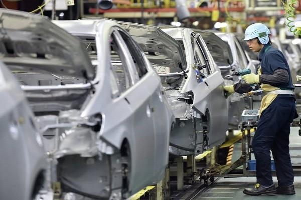 Toyota dừng hoạt động các dây chuyền sản xuất tại Nhật