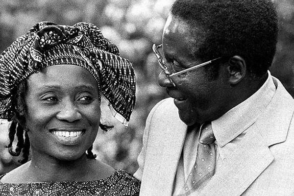 Ông Mugabe và người vợ đầu