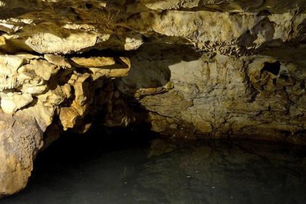 Hang động ngầm lớn nhất thế giới được tìm thấy ở Mexico