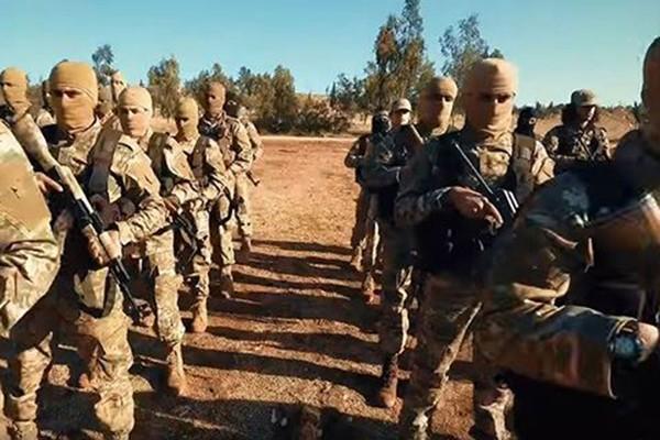 Các tay súng của nhóm khủng bố HTS tại Syria