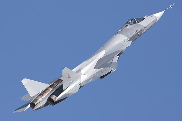 Máy bay tiêm kích tàng hình Su-57 của Nga