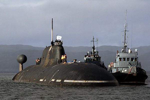 Tàu ngầm tấn công chạy bằng năng lượng hạt nhân Shchuka-B