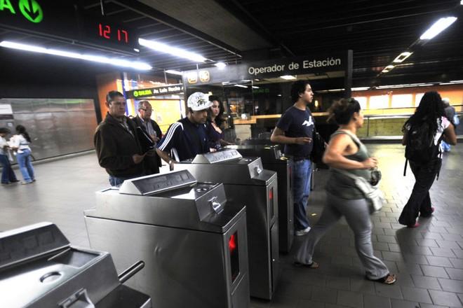 Ga tàu điện ngầm ở thành phố Caracas