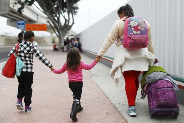 Trẻ em nhập cư vào Mỹ được đoàn tụ với bố mẹ