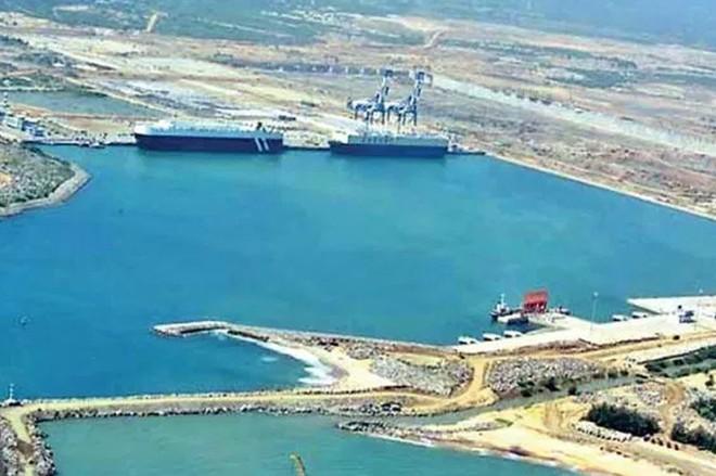 Cảng Hambantota ở miền Nam Sri Lanka