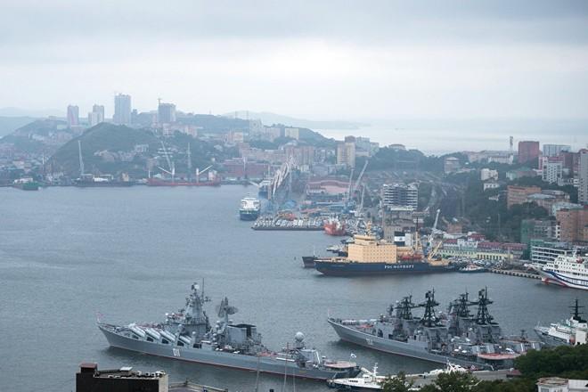 Tàu Sevastopol đang trên đường tới cảng Vladivostok