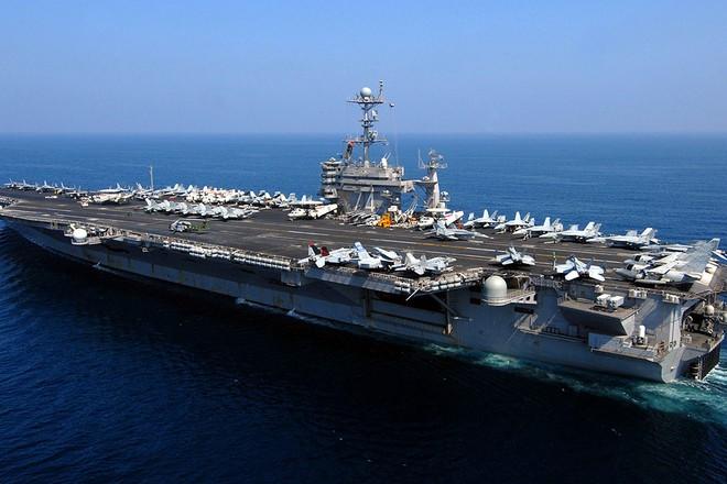 Siêu tàu sân bay lớp Nimitz USS John C. Stennis