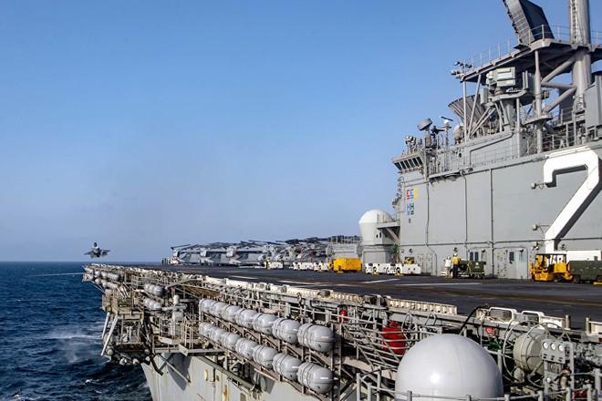 Tàu tấn công đổ bộ lớp Wasp của Hải quân Mỹ