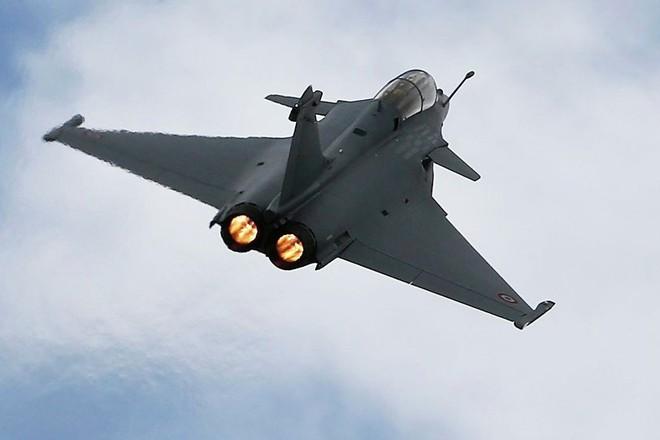 Máy bay chiến đấu Dassault Rafale