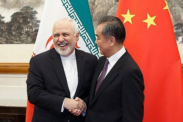 Ngoại trưởng Iran Mohammad Javad Zarif và người đồng cấp Trung Quốc Vương Nghị