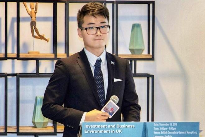 Ông Simon Cheng, nhân viên Tổng lãnh sự quán Anh tại Hồng Kông