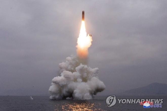 Vụ phóng tên lửa của Triều Tiên diễn ra sáng 2-10