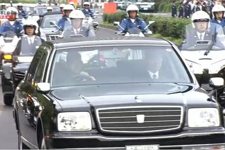 Đoàn xe tham gia buổi tập dượt cho lễ diễu hành hôm 6-10