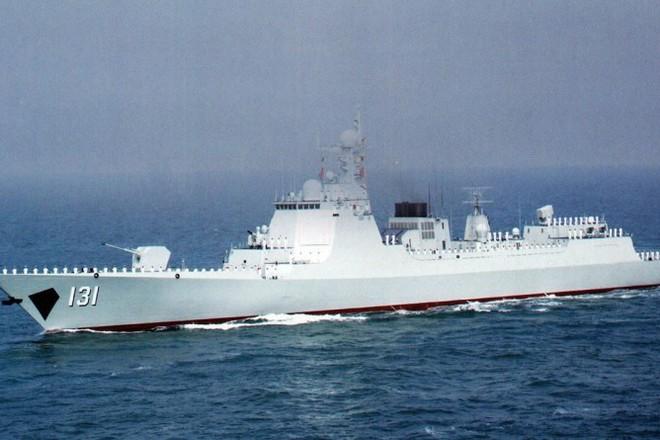 Tàu khu trục Thái Nguyên của Hải quân Trung Quốc