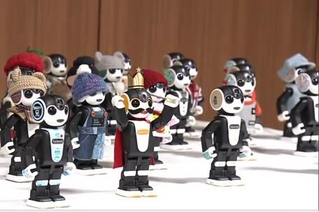 Đoàn robot tới thăm tỉnh Aomori
