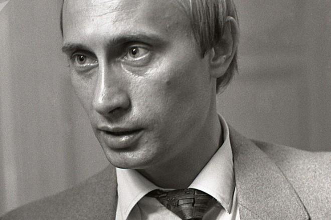 Ông Putin thời trẻ