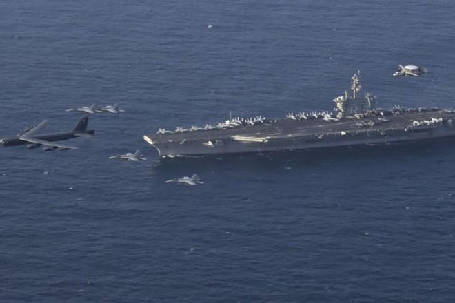 Tàu sân bay USS Abraham Lincoln của Mỹ hiện diện tại Trung Đông