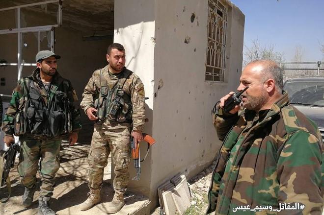 Binh sĩ quân đội Syria