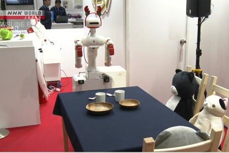 Giới thiệu robot giúp việc nhà tại triển lãm ở Tokyo