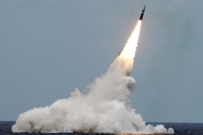 Mỹ thử tên lửa đạn đạo có khả năng mang đầu đạn hạt nhân