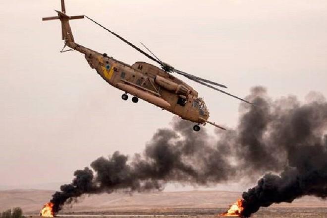 Trực thăng Israel nã tên lửa vào quân đội Syria